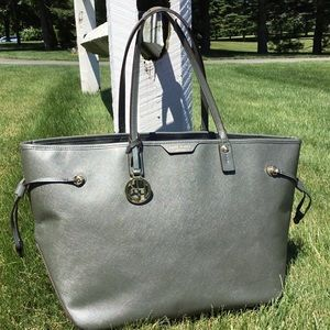 Henri Bendel NY West 57th Street Tote Bag *AS IS*